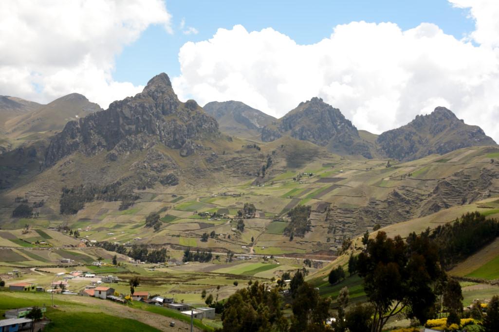 Ecuador4-16